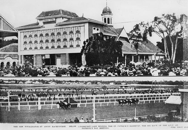 Camp Ascot: Eagle Farm Racecourse At the Time of WWII